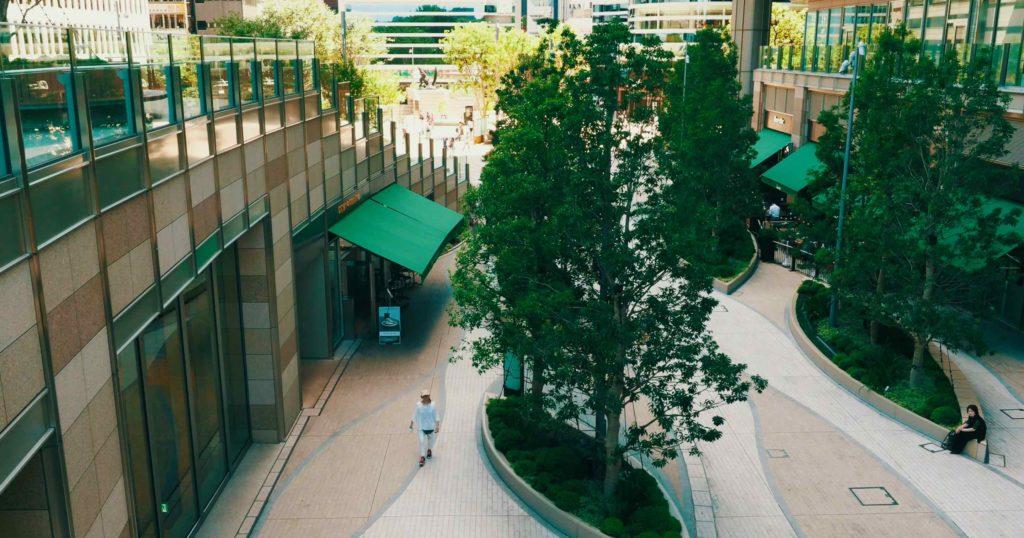 東京ミッドタウン日比谷の中庭