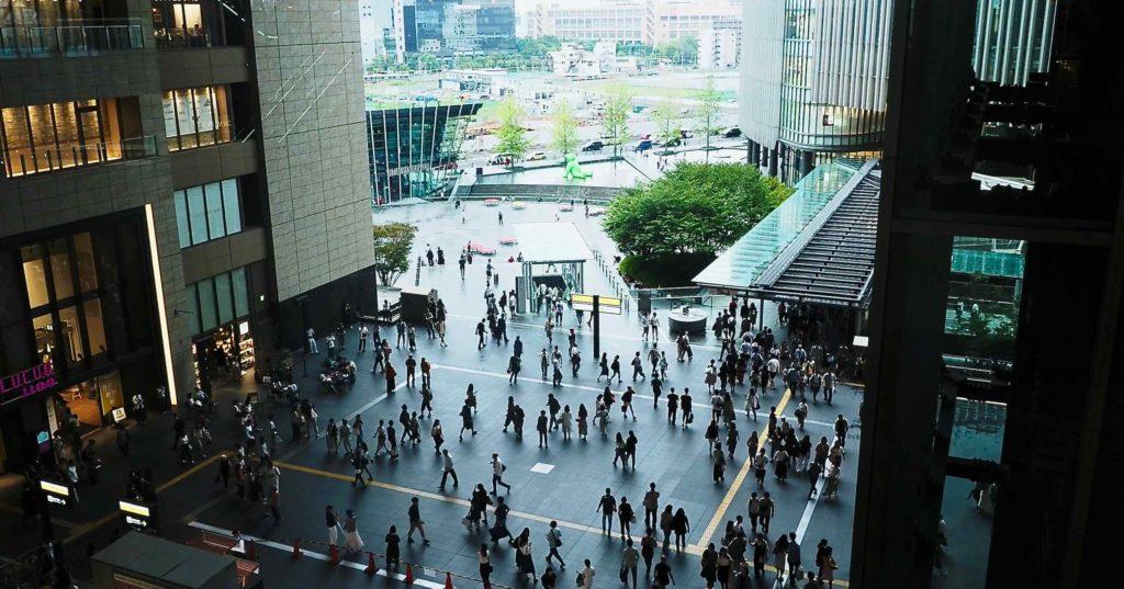 JR大阪駅 時空(とき)の広場からの眺め