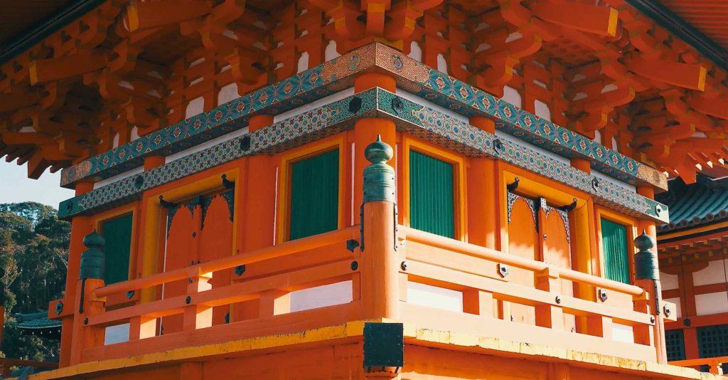 清水寺の三重塔アップ