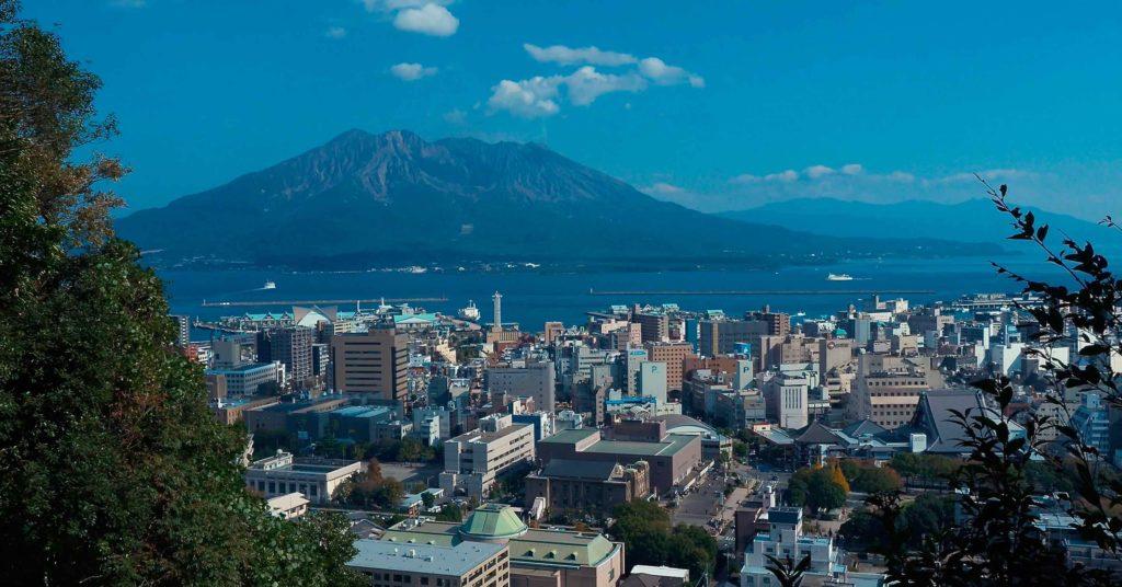 城山から眺める桜島