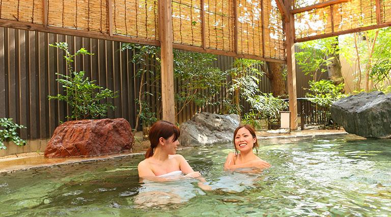 駿河亭 女性庭園風呂(露天風呂)