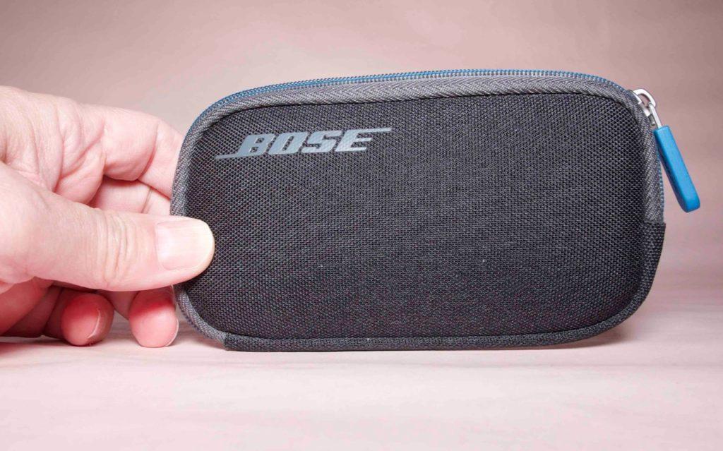 Bose QuietComfort 20のポーチ