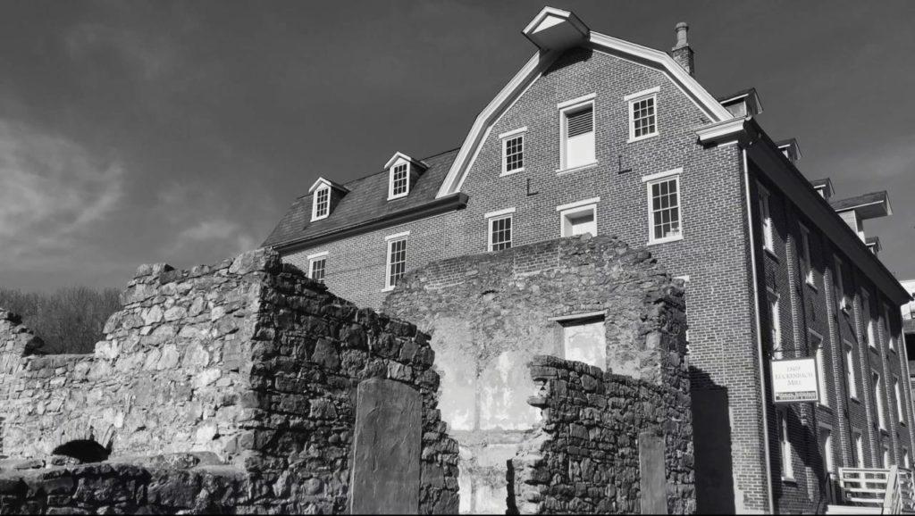 建物と廃墟