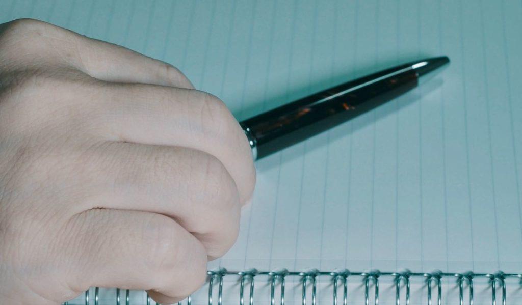 デジタルなのに手書き?