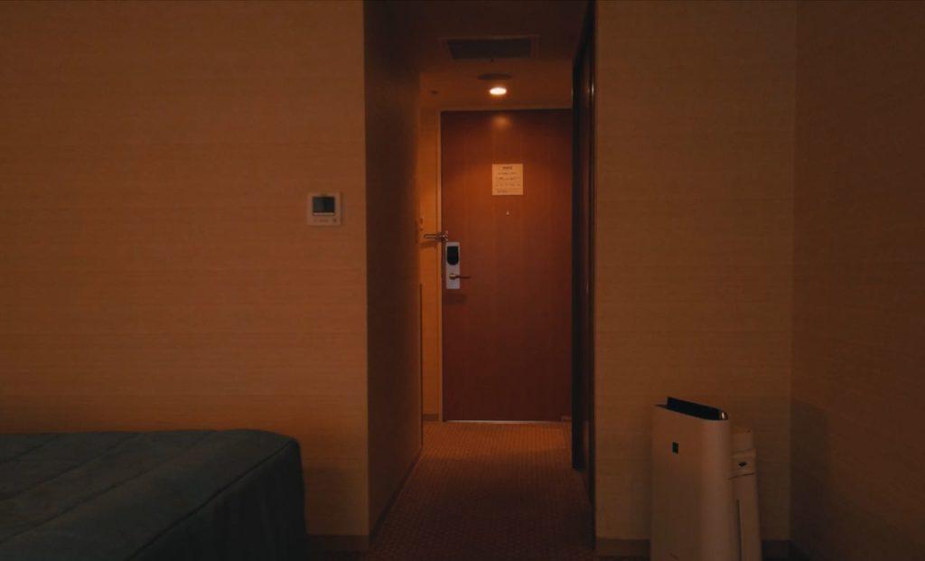 部屋は綺麗で広い