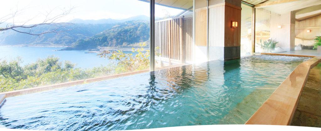 DHC赤沢温泉ホテルの檜風呂 内湯