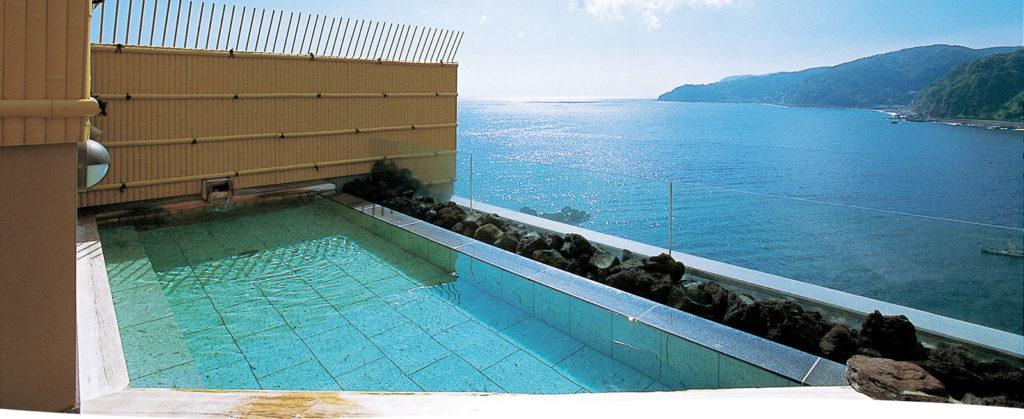 DHC赤沢温泉ホテルの屋上露天風呂