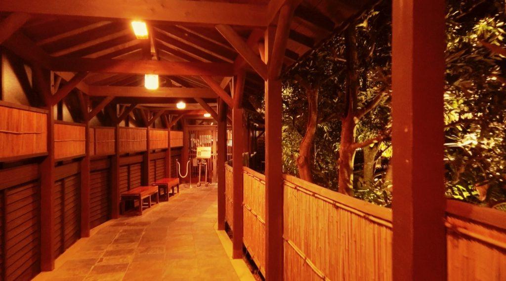シェラトングランデオーシャンリゾートの温泉への長い道のり 温泉受付