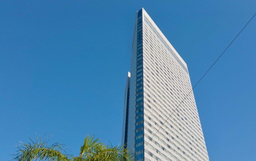 シェラトングランデオーシャンリゾートの施設は朝も楽しい 43階建てのホテル棟