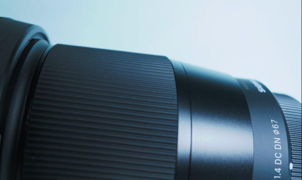 SIGMA 16mm F1.4 DC DN刻印と手触り
