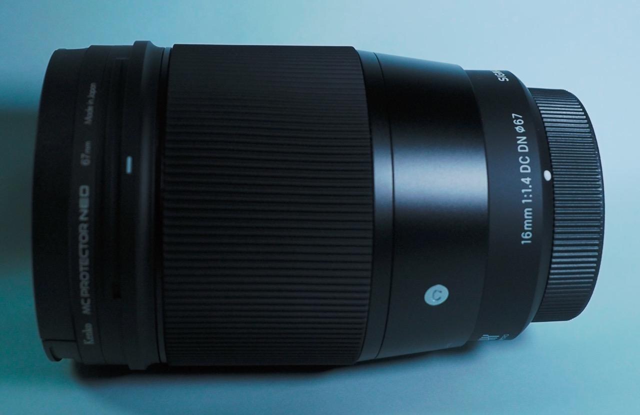 SIGMA 16mm F1.4 DC DN外観 ぶっちゃけレビュー